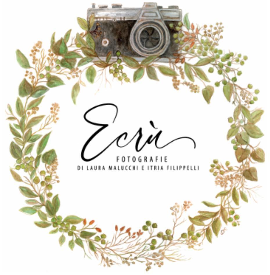 """Laboratorio fotografico """"Ecrù – fotografie di Laura Malucchi e Itria Filippelli"""""""